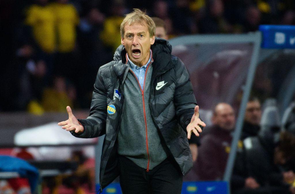 Jürgen Klinsmann zeigte sich am Spielfeldrand emotional. Foto: dpa/Gregor Fischer