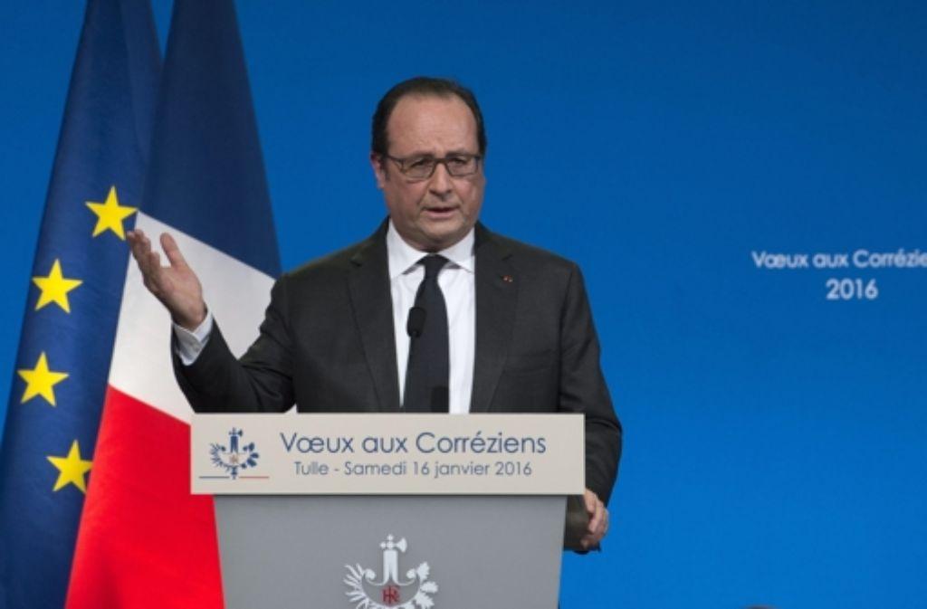 Frankreichs Präsident, Francois Hollande, kündigt Reformen an, damit sich die Wirtschaft wieder stabilisiert. Foto: Archiv/Dpa