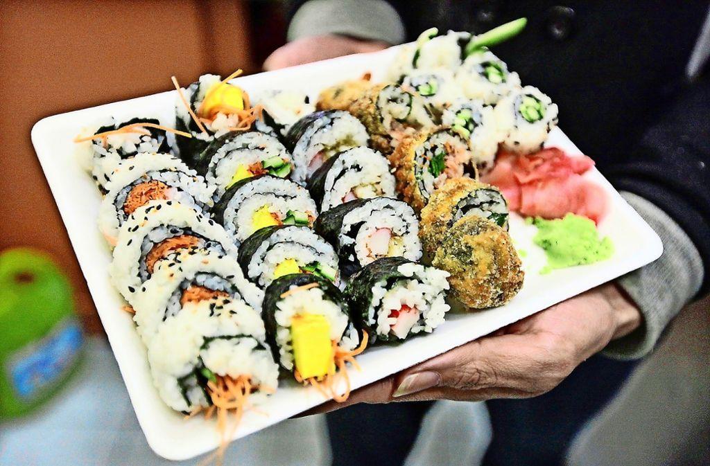 Wer ein Bild seines Sushis postet, bekommt sein Essen umsonst. Foto: dpa