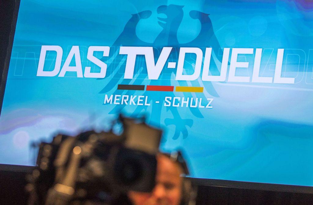 Die TV-Debatte mit Angela Merkel und Martin Schulz wird im Fernsehstudio Adlershof in Berlin geführt und von ARD, ZDF, RTL und Satz.1 übertragen. Foto: dpa