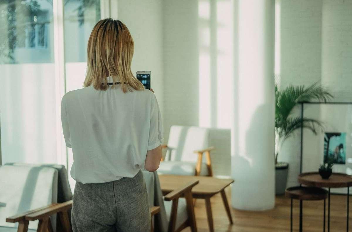 Daheim ists am schönsten. Wir zeigen euch unsere liebsten Interior- und DIY-Accounts aus Stuttgart und der Region.  Foto: Unsplash/Kevin Kristhian