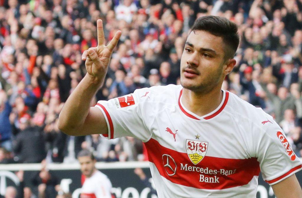 Ozan Kabak ist beim VfB Stuttgart auf Anhieb Stammspieler geworden, jetzt bahnt sich seine Nationalmannschaftskarriere für die Türkei an. Foto: Baumann
