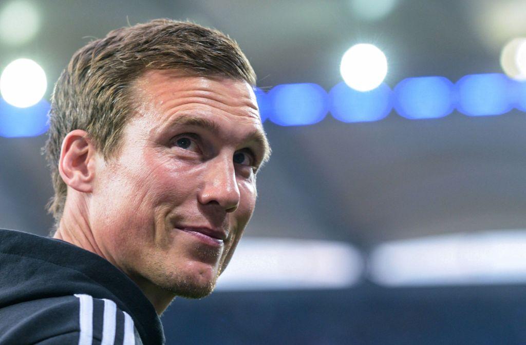 Hannes Wolf steht vor der Rückkehr auf die Trainerbank. Foto: dpa/Axel Heimken