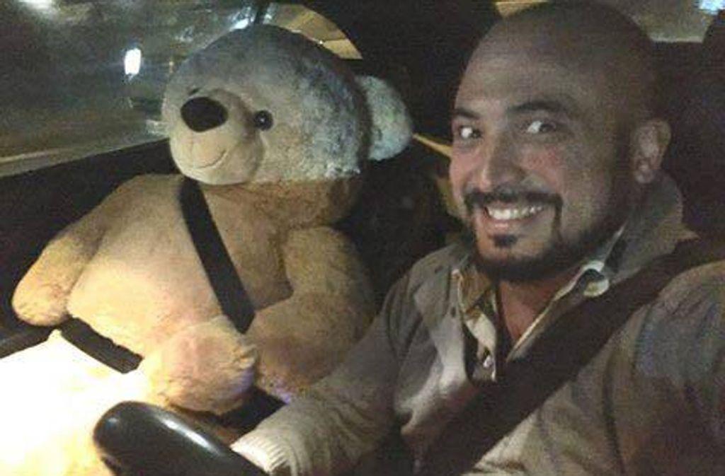 Der Stuttgarter Hasan Aydogan machte dieses Selfie mit einem Teddy. Foto: Hasan Aydogan
