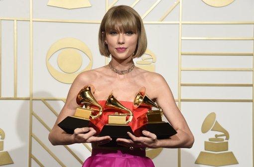Taylor Swift räumt drei Preise  ab