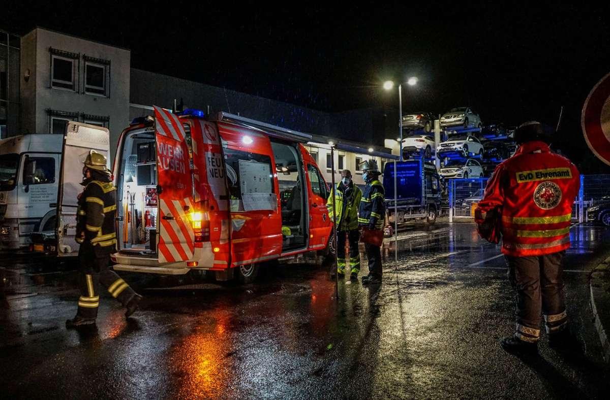 Feuerwehr, Rettungsdienst und Polizei waren zahlreichen Einsatzkräften und  Fahrzeugen   vor Ort. Foto: SDMG// Kohls