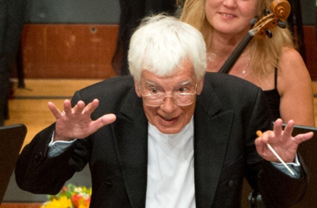 Helmuth Rilling, der Gründer der Internationalen Bachakademie Stuttgart, wird für sein Lebenswerk mit dem Echo Klassik geehrt. Foto: dpa