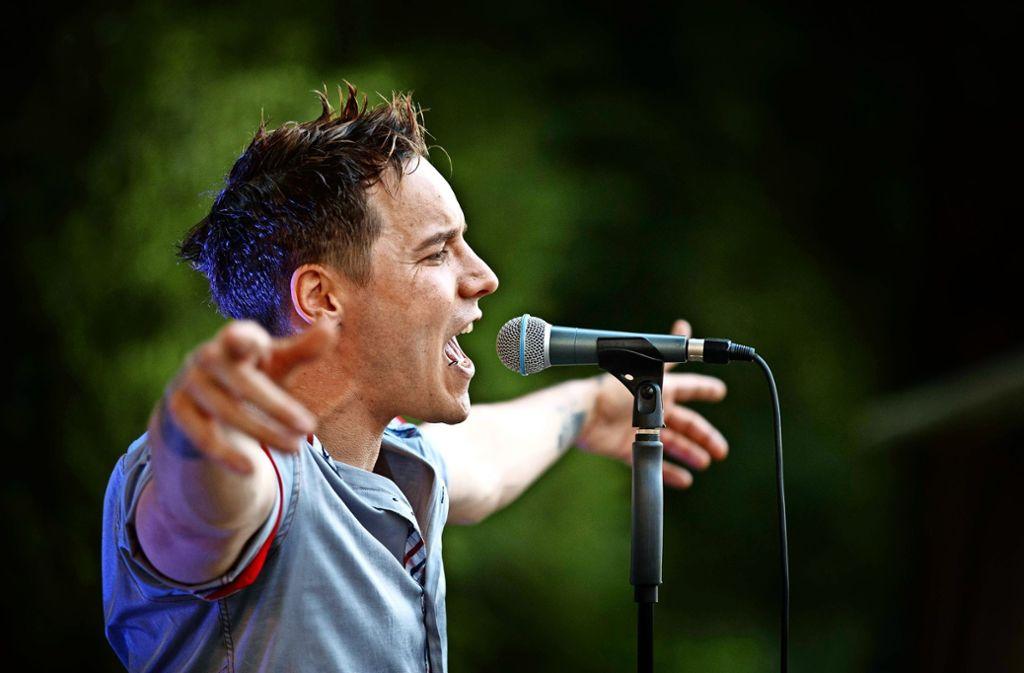 Der Backnanger  Dani Suara eröffnet die Talaue-rockt-Saison.. Foto: Gottfried Stoppel