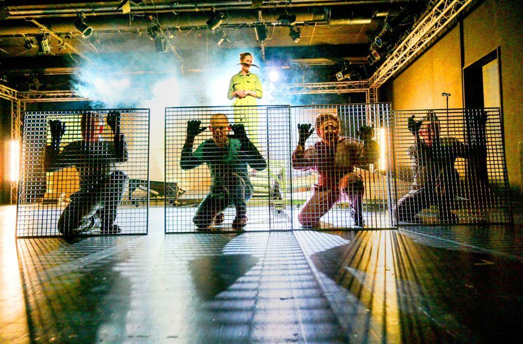 """Szene aus """"Karl und Rosa"""" im Theater Rampe Foto: Nilz Boehme"""