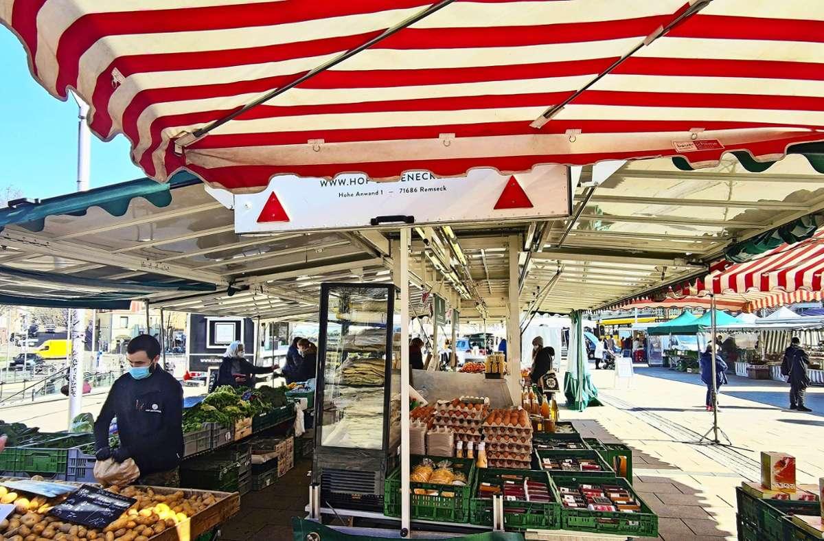 Der Wochenmarkt am Mittwoch auf dem Marienplatz wird künftig durch einen Biomarkt ergänzt. Foto: Kathrin Wesely