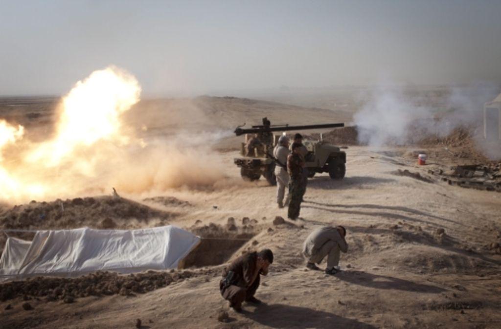 Kämpfe bei Duz-Khurmatu im Irak Foto: dpa