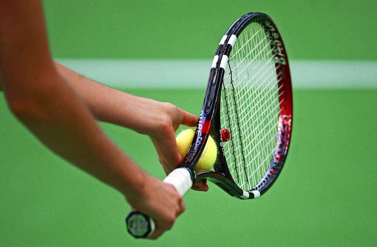 Wie konnte das nur passieren?  Das ist die Frage, die man sich auch an der Basis, bei den Tennisvereinen, stellt. Foto: Archiv Baumann