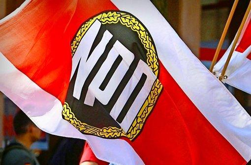 """Die NPD hat sich als langlebig erwiesen und gilt als """"extremismusintensiv"""". Sie erlebt derzeit einen zweiten Frühling – wenn auch nicht in Baden-Württemberg. Foto: dapd"""