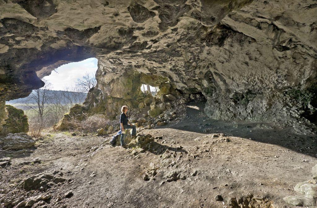 Die Bocksteinhöhle bei Öllingen – hier hat schon der Neandertaler Spuren hinterlassen. Foto: Helmut Schlaiß Langenau