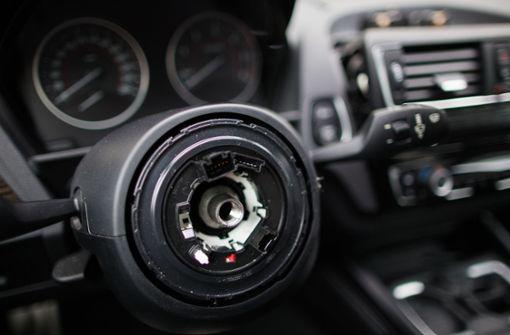 Paar räumt BMW-Aufbrüche  vor Gericht ein