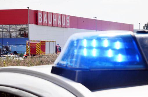 Baumarkt wieder offen – Polizei sichtet Handyvideos