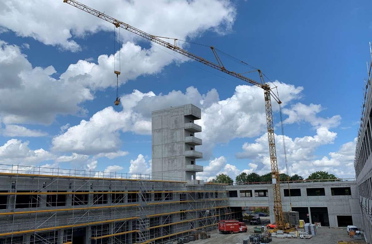 Der Einblick vom Ersten Stock in den Zentralen Innenhof der neuen Wache, um den sich die einzelnen Funktionsbereiche gruppieren Foto: Götz Schultheiss