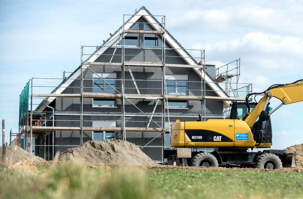 Der Traum vom eigenen Hausbau kann trotz Corona weitergeträumt werden. Foto: picture alliance/dpa