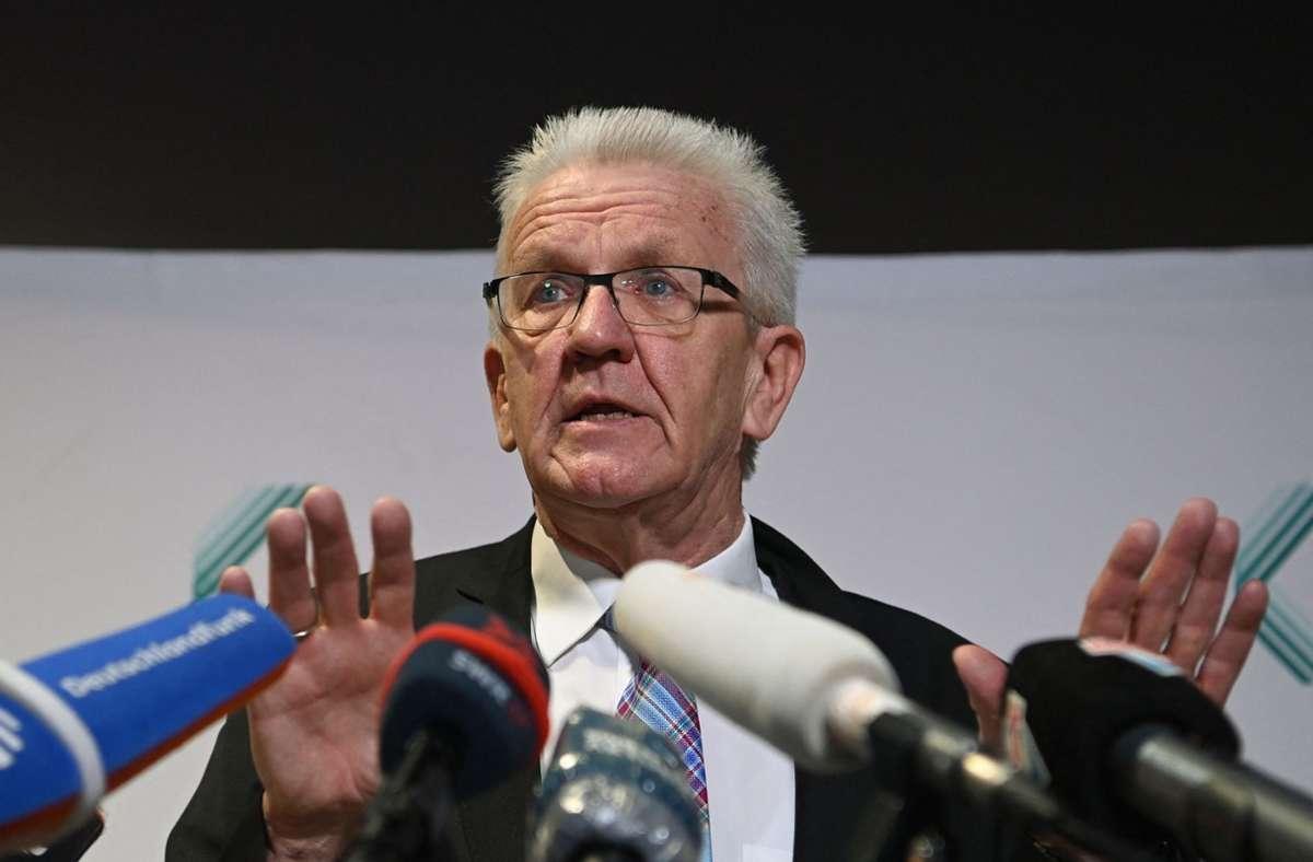 Ministerpräsident Winfried Kretschman. (Archivbild) Foto: AFP/MARIJAN MURAT