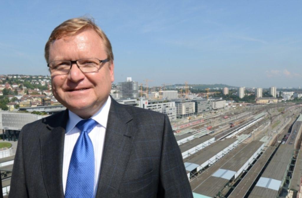 Der 59-jährige Bahn-Manager Manfred Leger will, dass alle Projektpartner an einem Strang ziehen. Foto: dpa