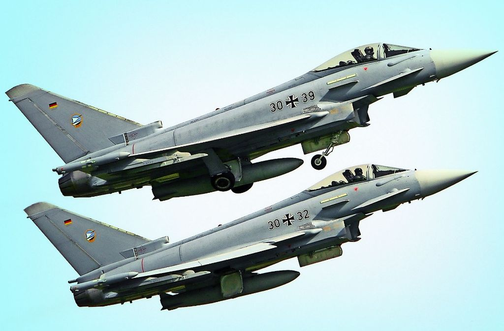 Beim  Eurofighter-Verkauf an  Österreich ist  möglicherweise nicht alles korrekt gelaufen. Airbus-Chef Tom Enders rechnet nun mit Negativeffekten für das    Unternehmen. Foto: AFP, dpa