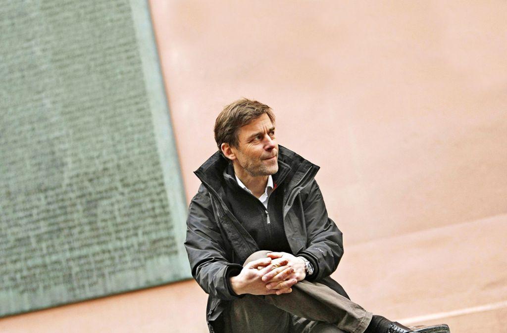 Entkommen aus der Endlosschleife: der Schweizer Schriftsteller Peter Stamm Foto: dpa