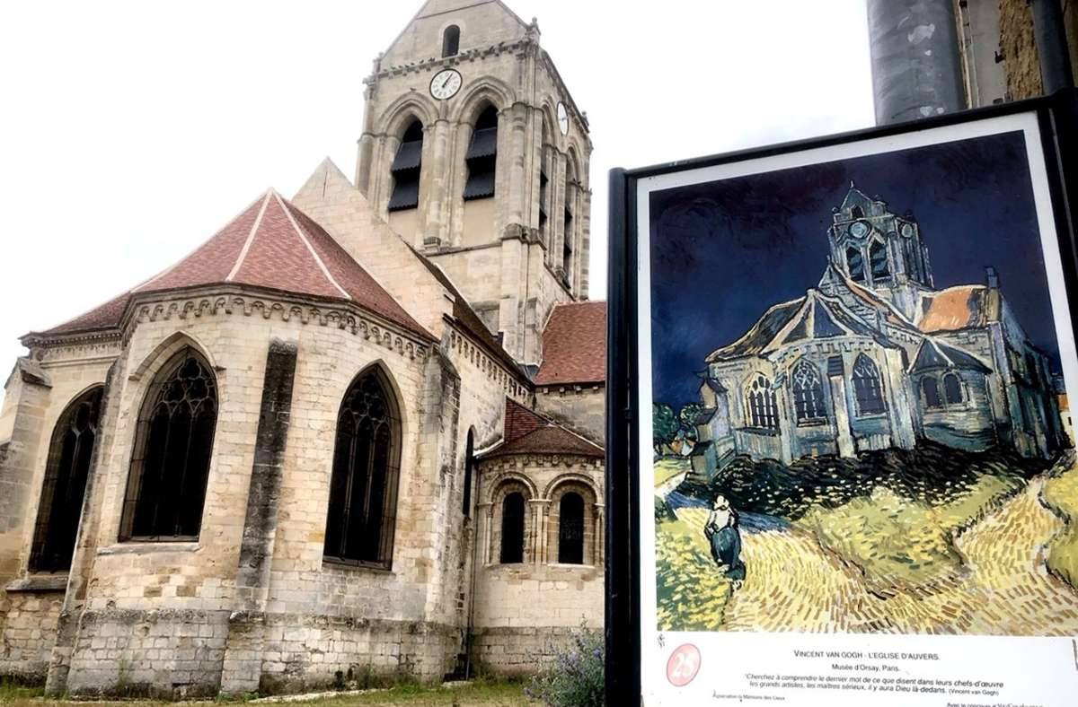Die Türen in der Kirche von Auvers-sur-Oise bleiben geöffnet. Sie ist Teil eines Van-Gogh-Spazierganges durch das Städtchen und soll auch von innen bestaunt werden. Viele andere Gotteshäuser in Frankreich werden aber wegen der vielen Diebstähle abgeschlossen. Foto: Krohn/Krohn