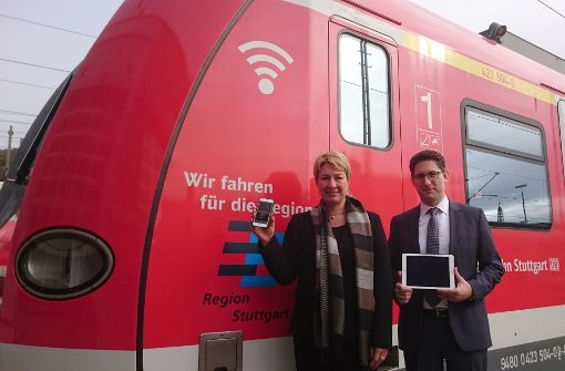 Erste S-Bahnen mit neuem WLAN unterwegs