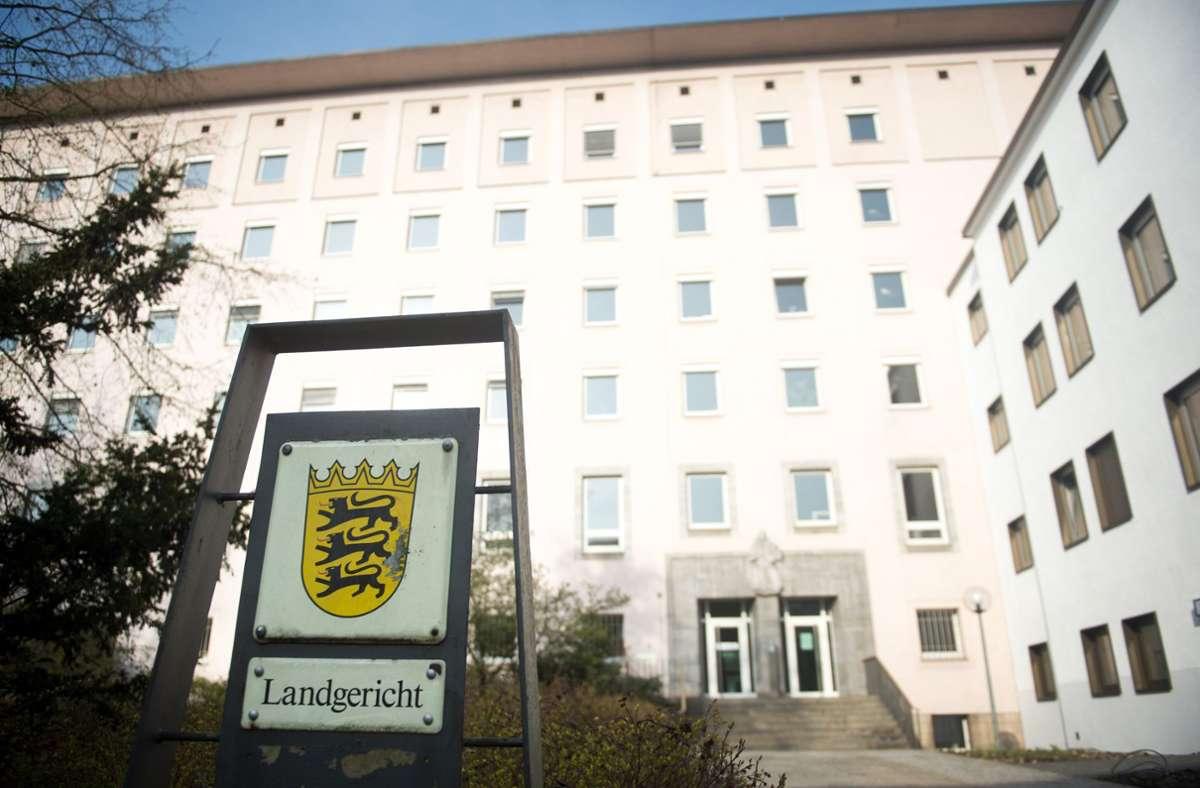 Die dritte Große Strafkammer am Landgericht Heilbronn hat einen Mann zu fünf Jahren Gefängnis verurteilt. Foto: dpa/Daniel Naupold