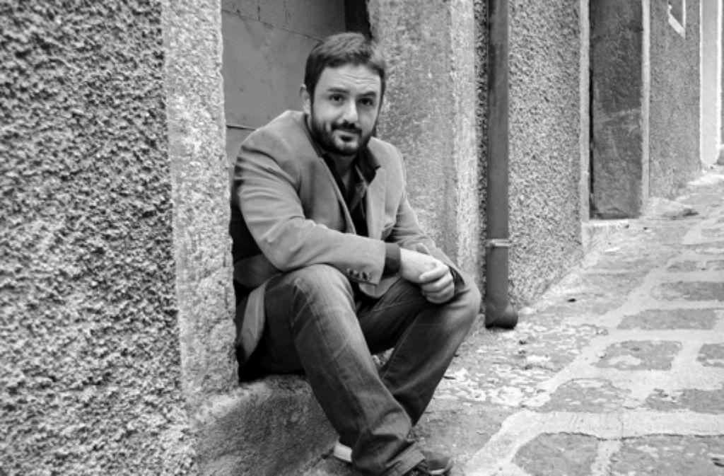Der Autor Stefano Piedimonte wirkt nicht wie jemand, der aus purer Langeweile Trash-Fernsehen schaut. Aber er weiß die populären Formate zu nutzen. Foto: privat