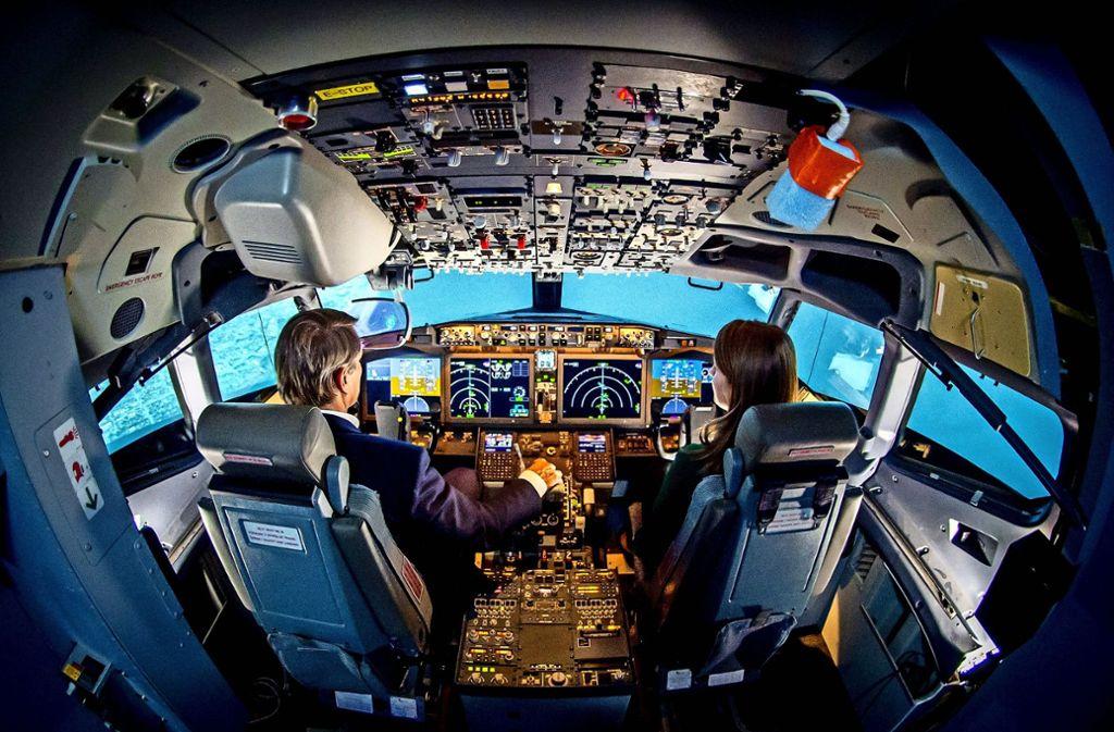 Piloten müssen eine komplizierte Technik beherrschen – aber sie dürfen nicht von der Technik beherrscht werden. Foto: Imaginechina