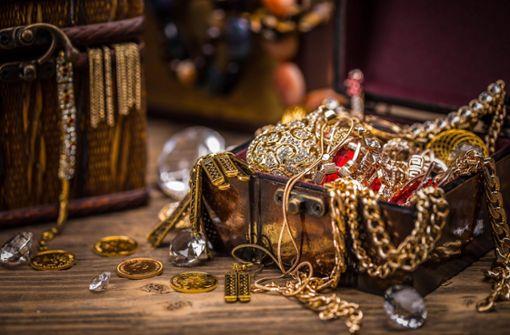 Goldmünzen und Juwelen  in den Rocky Mountains gefunden