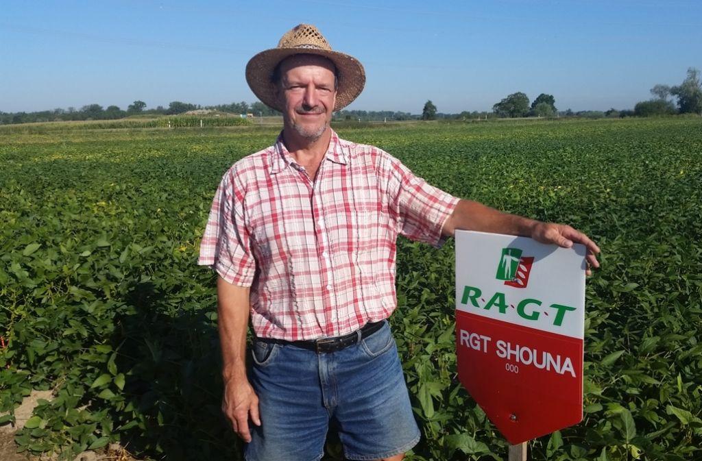 Pionier: der Landwirt Bernhard Irion findet, der Soja-Anbaus lohnt sich. Foto: Heinz Siebold