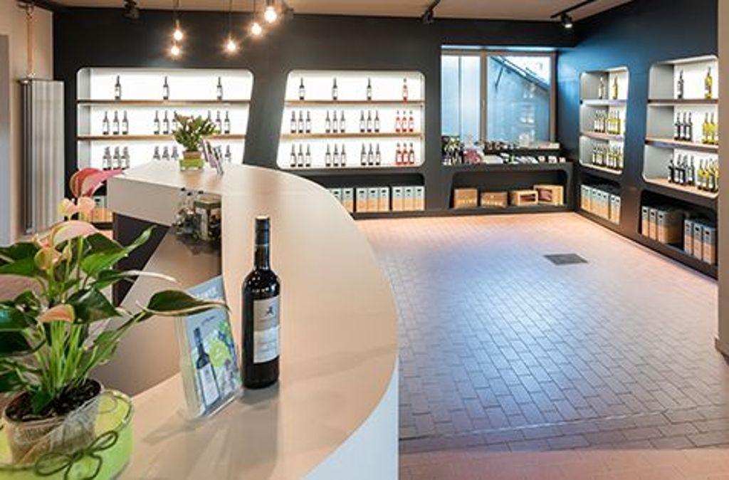 Freundlicher Empfang - licht und hell wirkt der neue Eingangsbereich des Domizils der Weingärtner Esslingen. Foto: Weingärtner Esslingen/Thomas Müller