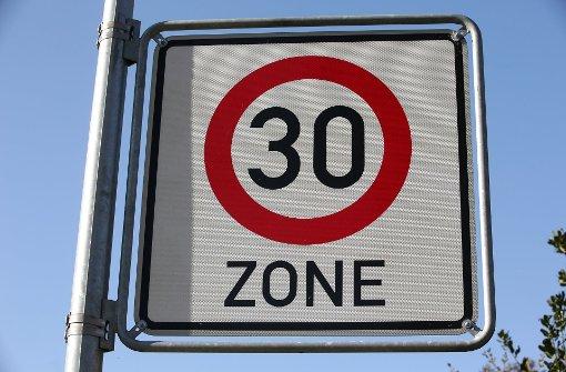 Tempo 30  zur Minderung des Verkehrslärms