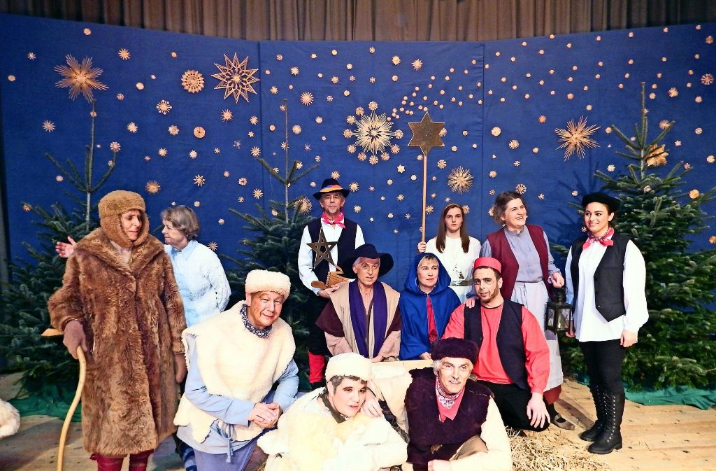 Oberuferer Weihnachtsspiele In Stuttgart Birkach Stimmungsvolles Geschenk Der Kumpaneien