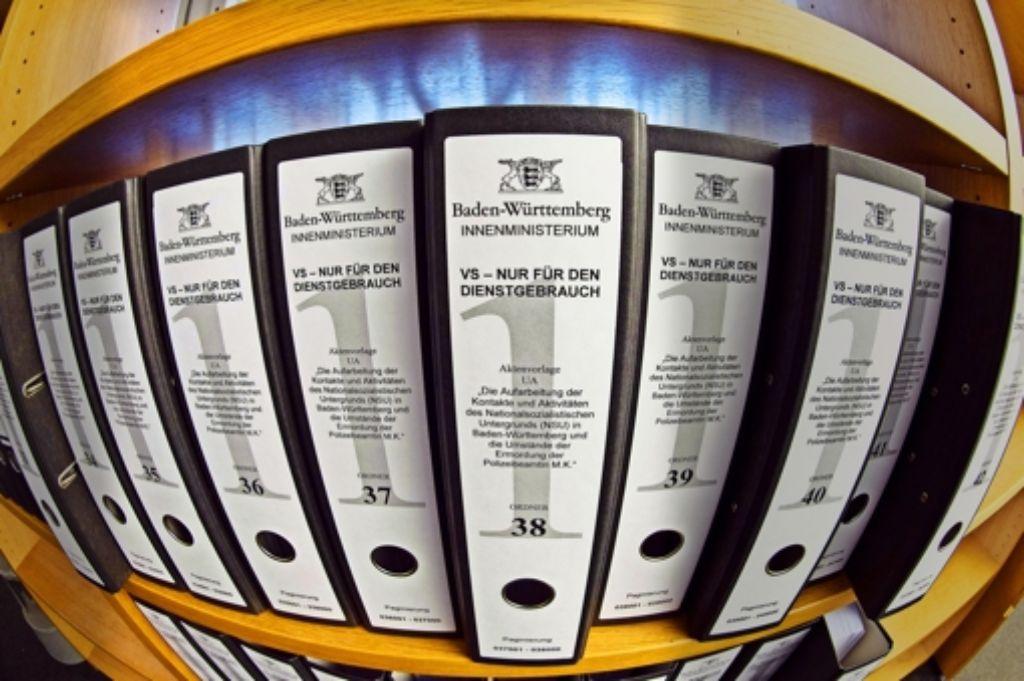 Der NSU-Untersuchungsausschuss sichtet Zehntausende von Aktenblättern. Foto: dpa