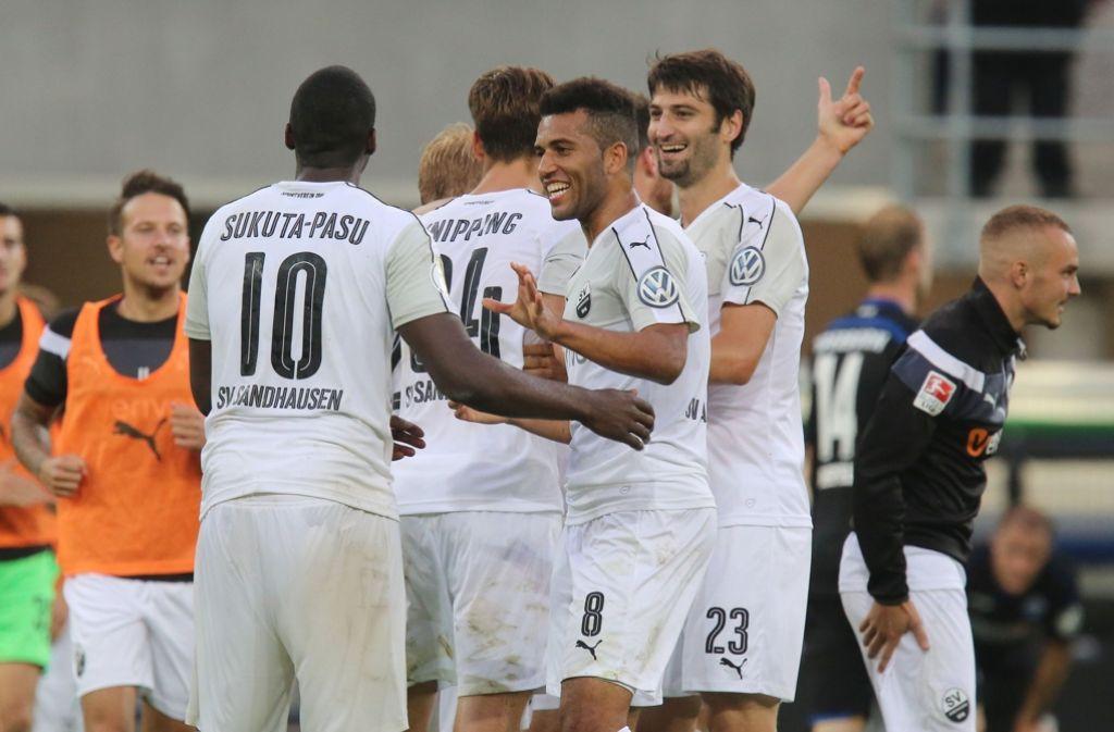 Gegen den SC Paderborn erreichte der SV Sandhausen die zweite Runde im DFB-Pokal. In der Liga empfängt man nun den VfB Stuttgart. Foto: dpa