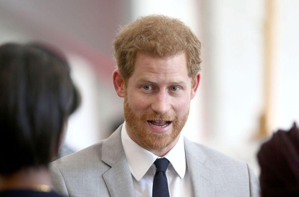 Gibt er wieder Widerworte? Der britische Prinz Harry ist als zweitgeborener Sohn deutlich unangepasster als sein ältere Bruder William. Foto: dpa/Yui Mok