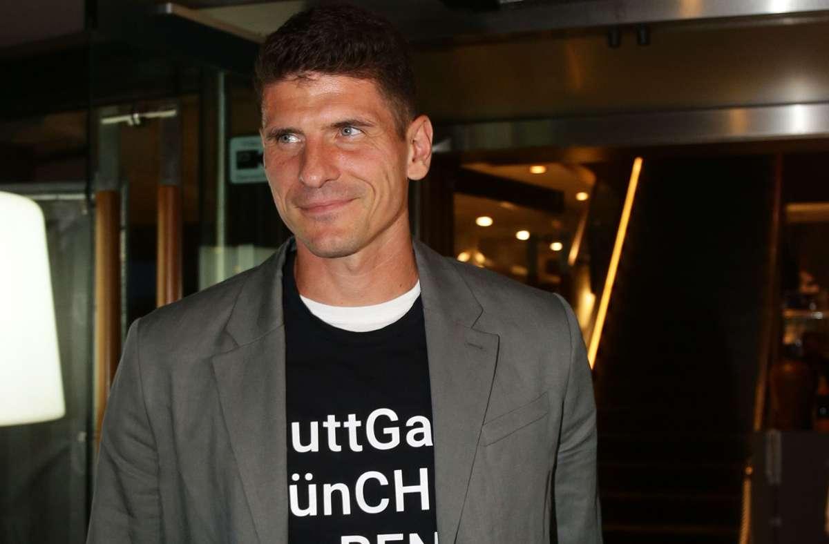 Für Mario Gomez war die Aufstiegsfeier des VfB Stuttgart auch ein Abschied – aber womöglich nicht für immer. Foto: Baumann