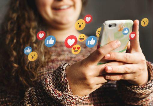 Ab welchem Alter Social Media?