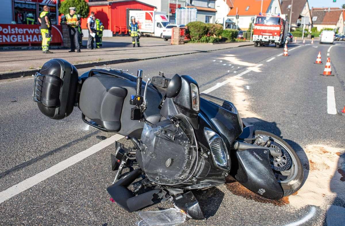 Der Rollerfahrer zog sich bei dem Unfall schwere Verletzungen zu. Foto: 7aktuell.de/Simon Adomat