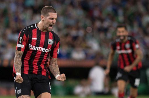 Bayer Leverkusen verteidigt Tabellenführung mit 1:1 in Sevilla