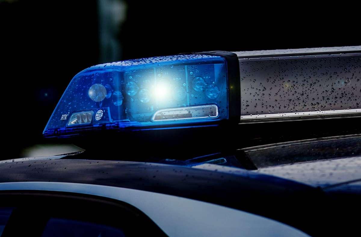 Ein 21 jähriger Mann machte sich unter dem Einfluss von Drogen auf den Weg zur Polizei (Symbolbild). Foto: imago images//Fotostand / K. Schmitt