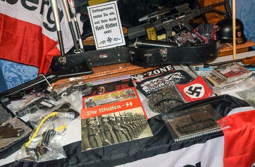 Waffen aus dem Netz von Rechtsradikalen beschlagnahmt