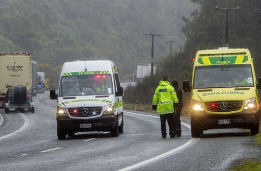 Fünf Touristen sterben bei Busunglück