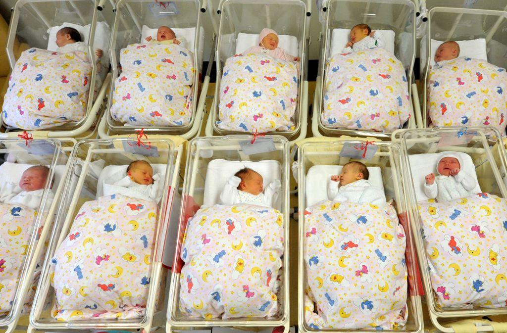 Auf welche Weise sie zur Welt kommen, scheint die Gesundheit der Kinder zu beeinflussen. (Symbolbild) Foto: dpa