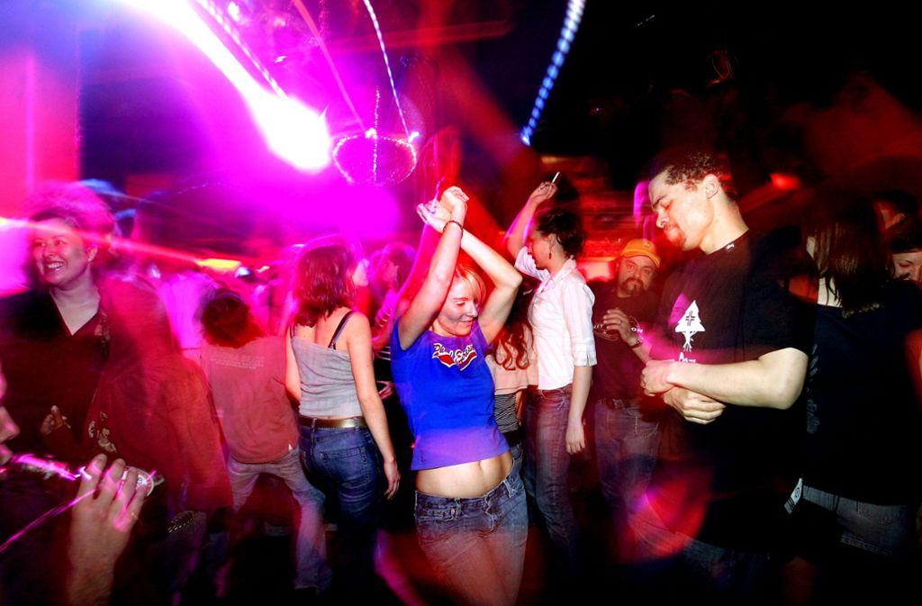 Party im Romy S. – künftig soll es unter anderem Namen und mit neuer musikalischer Ausrichtung weitergehen. (Archivbild) Foto: Horst Rudel