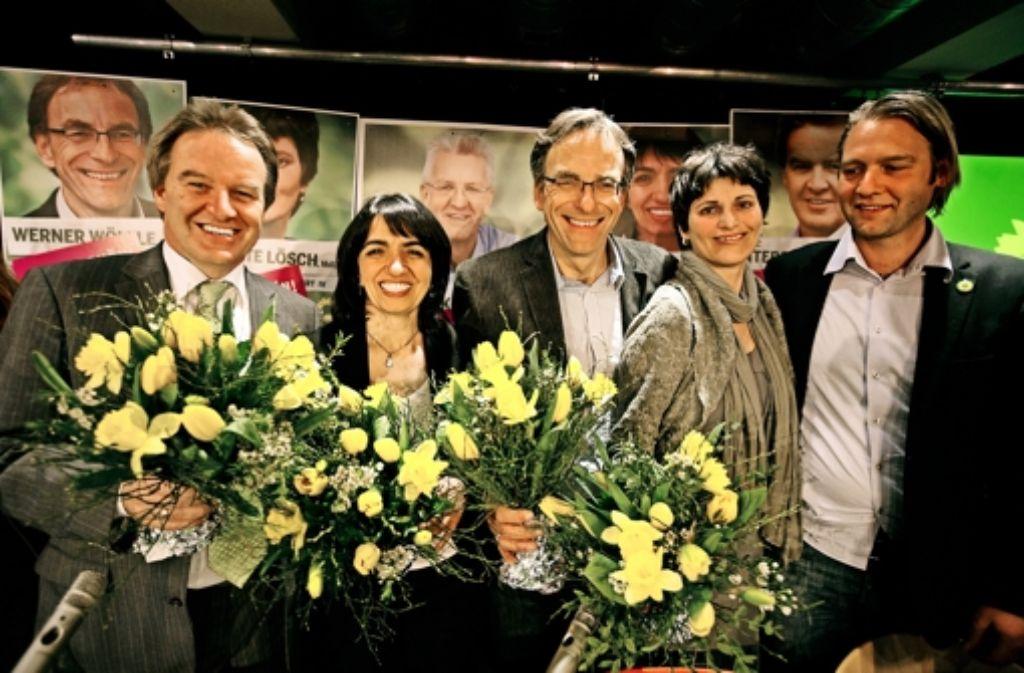 Nach der Landtagswahl 2011 dürfte sich auch Philipp Franke (rechts) im Kreis der grünen Wahlsieger sonnen. Foto: Michael Steinert