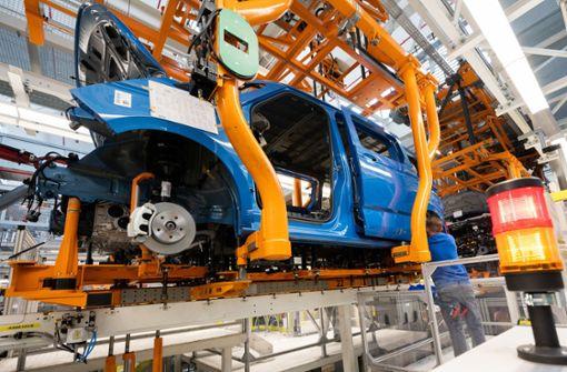 Chipkrise trifft Daimler härter als BMW
